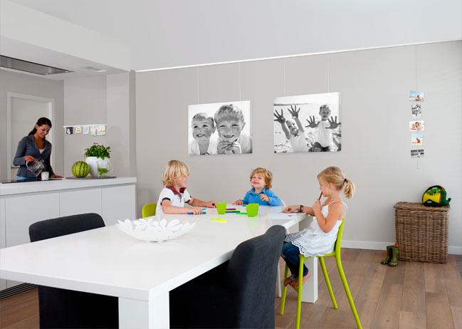 Thuis ophangsysteem schilderijen - Fotos van moderne woonkamer ...